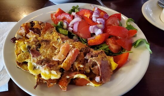 farmer's omelette with salad