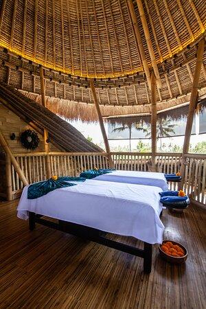 Fling Bamboo treatment room