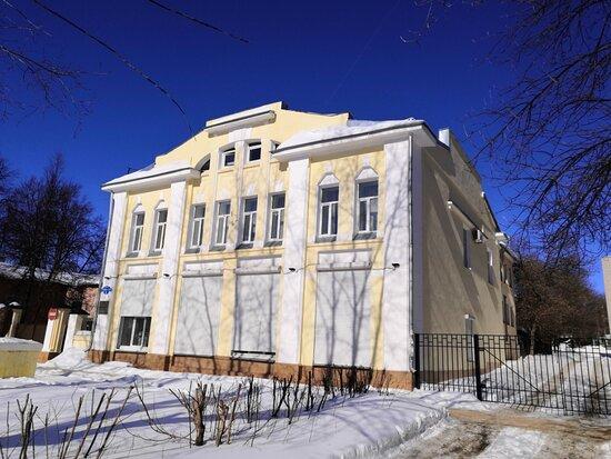 The Manor of V.S. Lakhanina