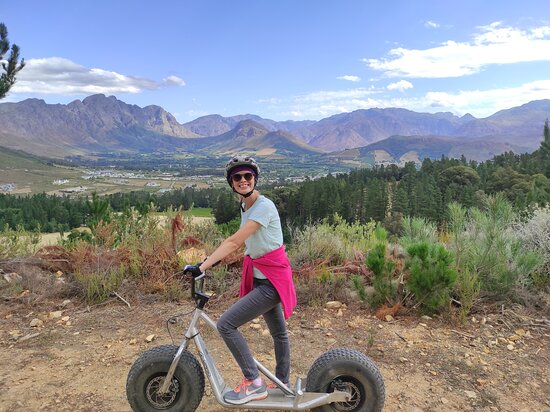 Franschhoek Winelands Scooter Tour: Look at those mountains!