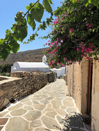 A real Cycladic diamond. Pure and peaceful beauty of Sikinos Castle