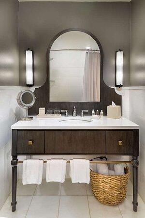 Hotel Valencia Riverwalk Bathroom Vanity