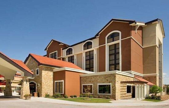 Drury Plaza Hotel San Antonio Airport