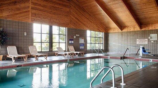 Eagle River, WI: Pool