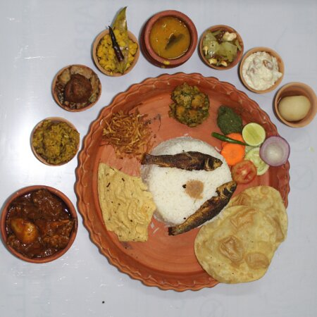 Mutton Thali with 18 items Rs.280/- in Clay Pot Packing