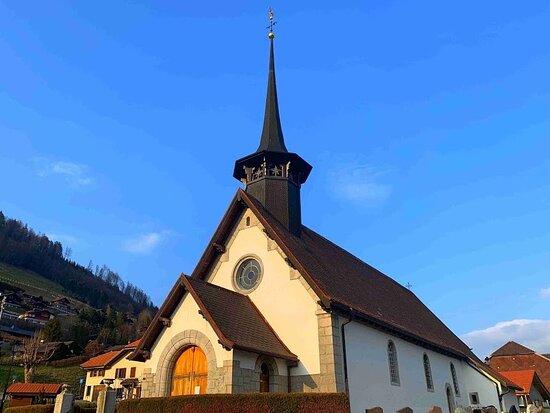 Eglise De Crésuz
