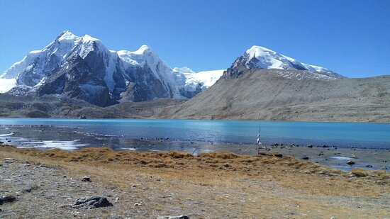 Sikkim, الهند: Gurudongmar lake located in North Sikkim at an altitude of 18000ft is one of a highest altitude lake of India and is very beautiful. Contact me to  visit and to get Info 