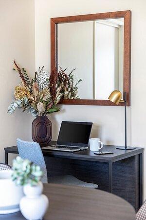 Quest Echuca Work Desk