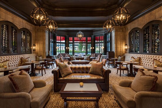 The St. Regis Atlanta Wine Room
