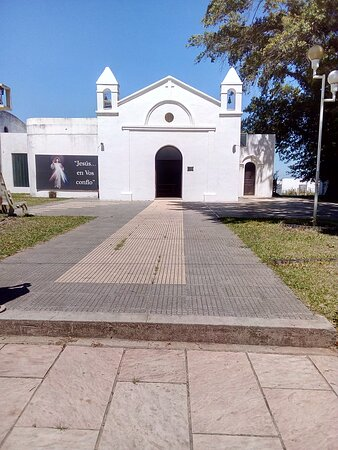 Santa Ana, Argentina: Pequeña iglesia en la ciudad.