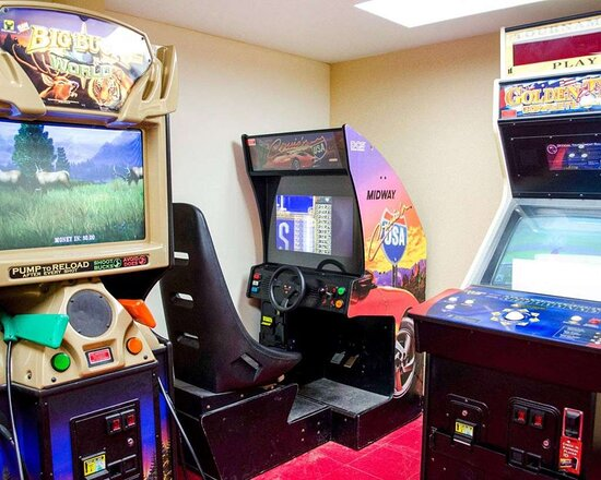 Hotel arcade games