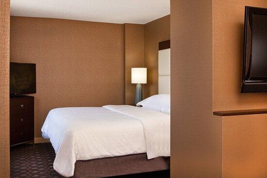 ADA Suite - Bedroom