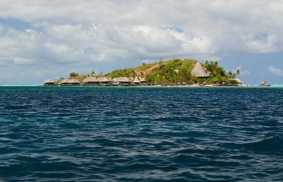 French Polynesia: Motu Pitiuu Uta from the boat,  Sofitel Bora Bora Private Island