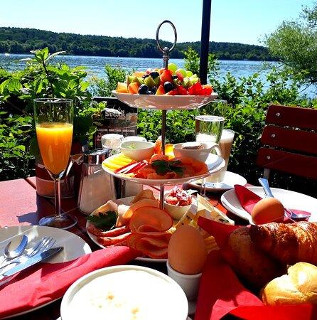 Bestes Frühstück an der Havel (Reservierung dringend empfohlen)