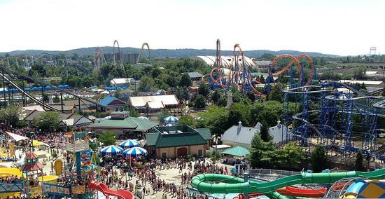 """Vitist Hersheypark and see the """"new"""" Chocolatetown expansion"""