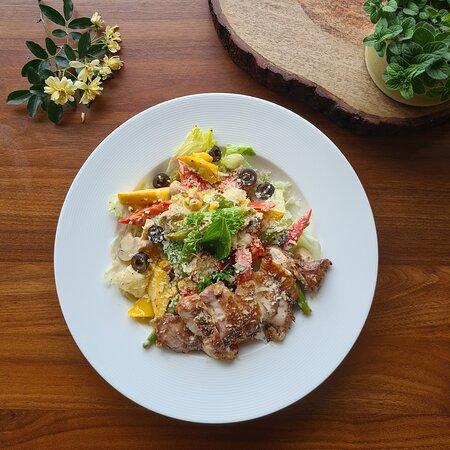 Pollo Aioli Salad