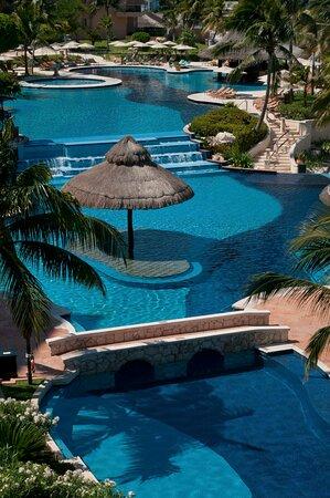 GFACBAI Lagoon Like Pool