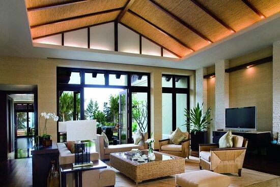 Three Bedroom Ocean Front Villa