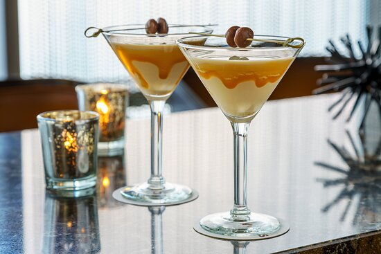 Holloway's Bar - Dessert Cocktail