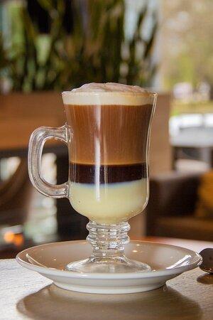 BOMBON CAFE Leche Condensada , Chocolate, Café