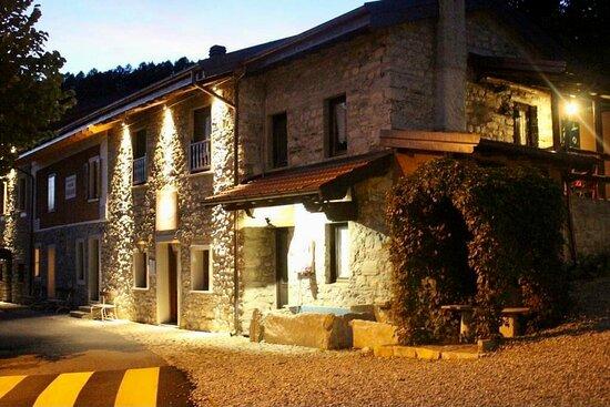colazione - Picture of Agriturismo La Nevera, Lanzo d'Intelvi - Tripadvisor