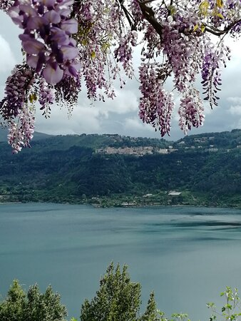 Castelli Romani, Italy: That's a breathtaking view.
