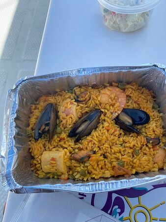 Aruba Champagne Breakfast and Lunch Cruise with Snorkeling: The paella was delicious...we didn't touch the potato salad though..