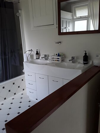 Omakau, Nowa Zelandia: quaint little bathroom, immaculately clean