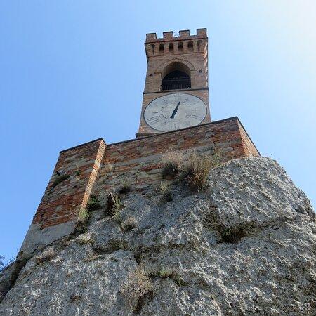 Brisighella, Italy: Sotto la torre