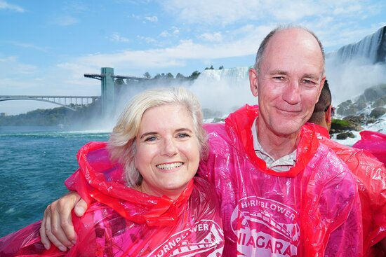 Guests on our Niagara Falls Small Group Day Tour.