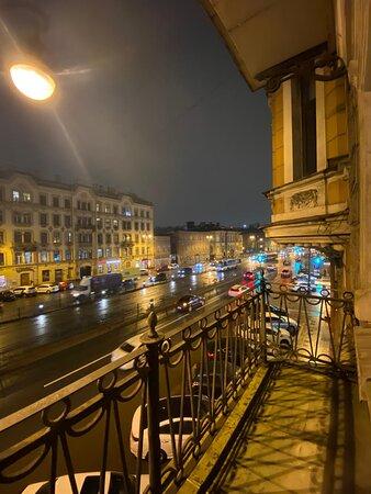 St. Petersburg, Russia: Вид с балкона в Студии