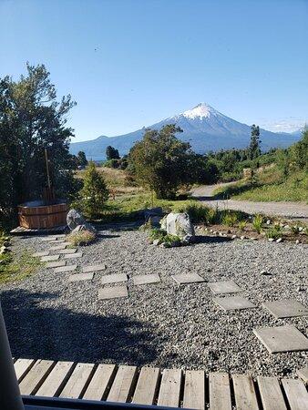 Esta es la vista desde el frontis de la cabaña