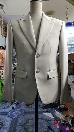EXTRA SPREAD LAPEL WITH SLIM FIT MINK WOOL SUIT FROM SUIT FITTER AT PHUKET THAILAND