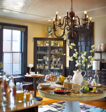 Where to Stay in Burlington, VT | Hotel & Inn - New England ...Made INN Vermont B & B…the Most Fun Delicious, Fabulous Historic Small Luxury Boutique INN in Downtown Burlington!