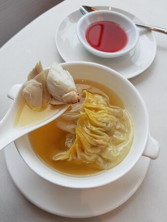 古法蟹肉罐湯餃