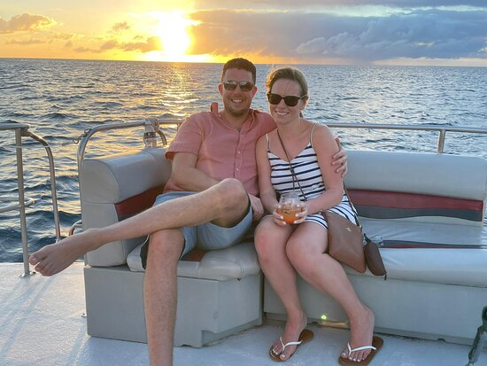 Sailing tours can be customized to create the experience you want! Our captains and crew are trained and certified to keep you and your guests safe. They also love to entertain!