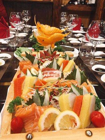 Sashimi Board with White Wine Pairing