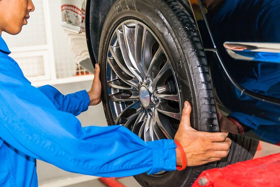 Tire Rotation Service Tire Rotation Service Brampton. Extend the life of your tires and drive safe. We swap, rotate and switch summer and winter tires. No appointment required. Our trained auto technicians deliver reliable service for all your car maintenance needs. Visit our Airport Road location in Brampton. https://valvolineexpresscare.ca/services/tire-rotation-brampton/