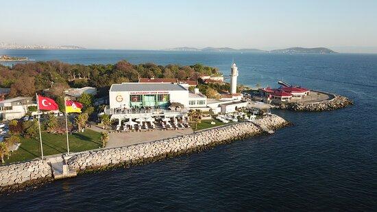 Kalamış'ın en güzel konumundayız We are in the most beautiful place in Kadikoy Kalamis