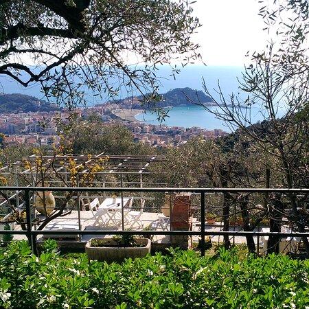 Panorama di Sestri Levante da Costa Rossa,sua frazione.