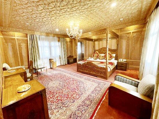 Shamah Suite