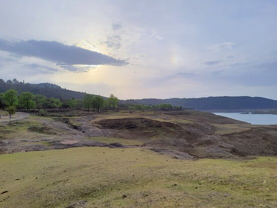 Dhar Nature Retreat