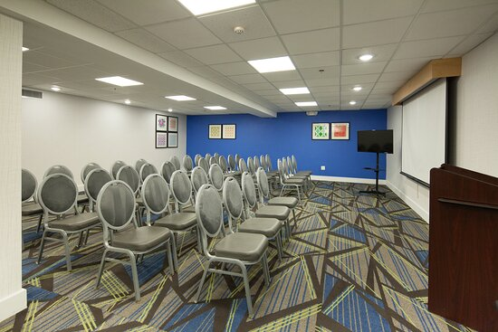 Theater Style Meeting Room