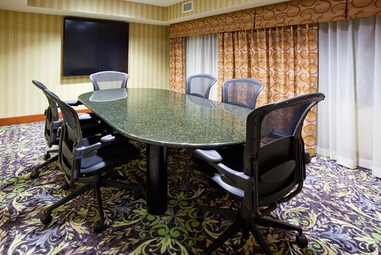 Ideal for meetings for 6 or fewer, contact us to book today!