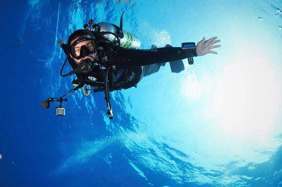 Pro Divers - escola de mergulho
