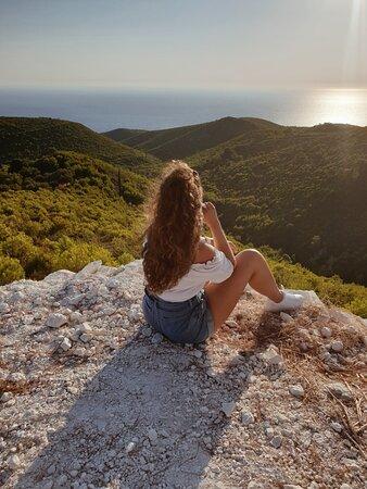 Let your eyes explore the horizon !