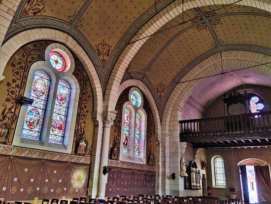 Église Saint Flovier