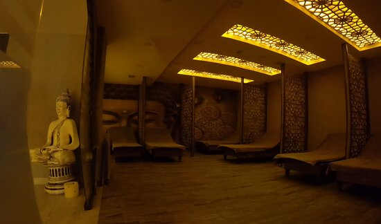 Sirena Hamam & SPA. The only place in Antalya if you want a nice massage and a clean place.