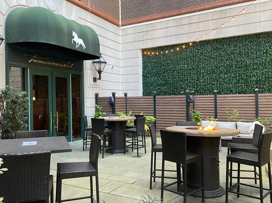 Outside seating at the Thoroughbred Club