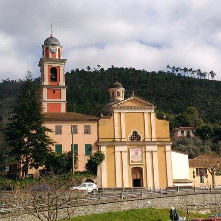 Santa Vittoria di Libiola,frazione di Sestri Levante.
